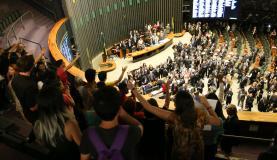 PEC 241 foi votada sob protestos de manifestantes nas galerias da CâmaraFabio Rodrigues Pozzebom/Agência Brasil