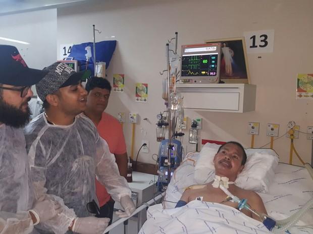 Dupla esteve com pacientes que sofrem de esclerose lateral amiotrófica (Foto: Divulgação) tópicos: Palmas, Tocantins