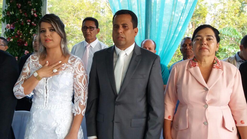 Primeira dama Ana Paula, Prefeito Fabio Vaz e vice Josemir Bastos.