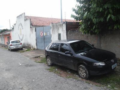 A cadeia fica no centro da cidade e não possui estrutura adequado