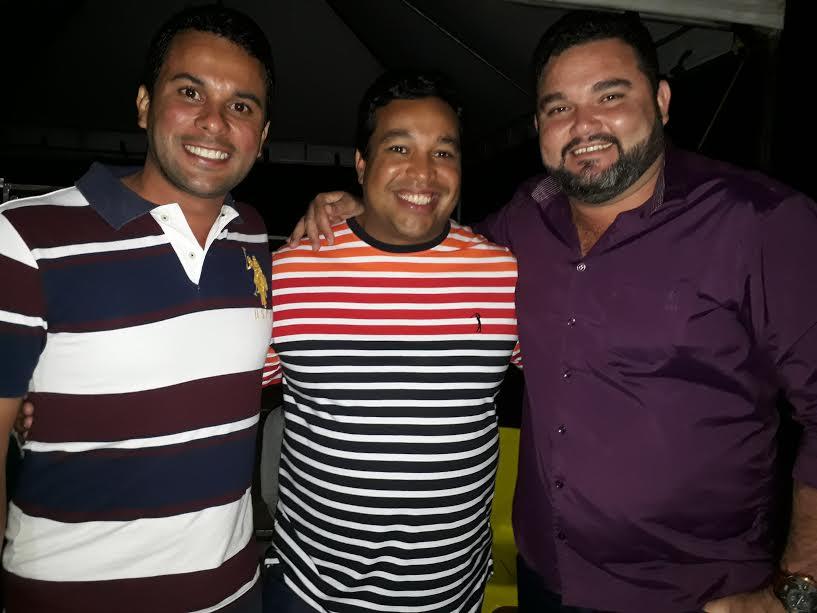 Prefeitos de Paranã Fabricio Viana, de Peixe José Augusto e de São Salvador André Borba.